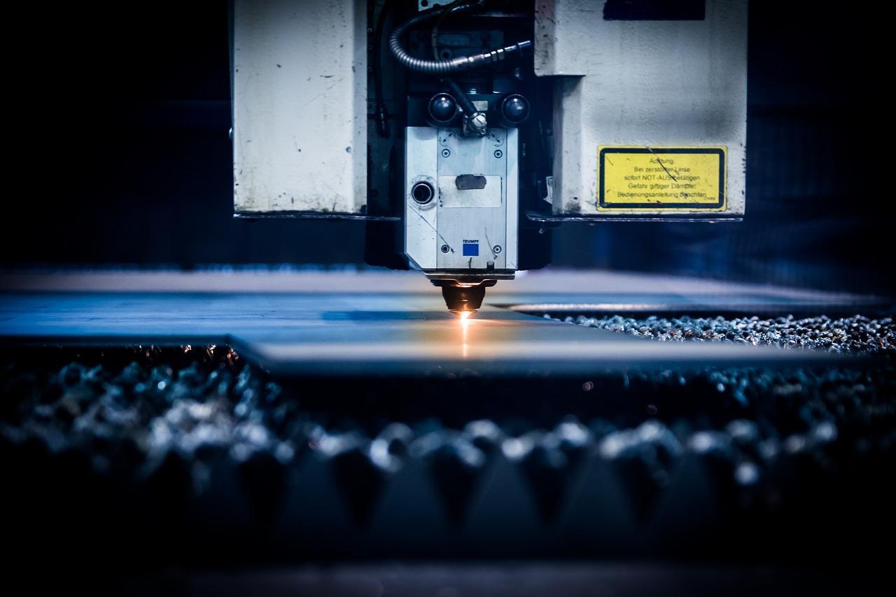 Taglio laser: dritto e sicuro